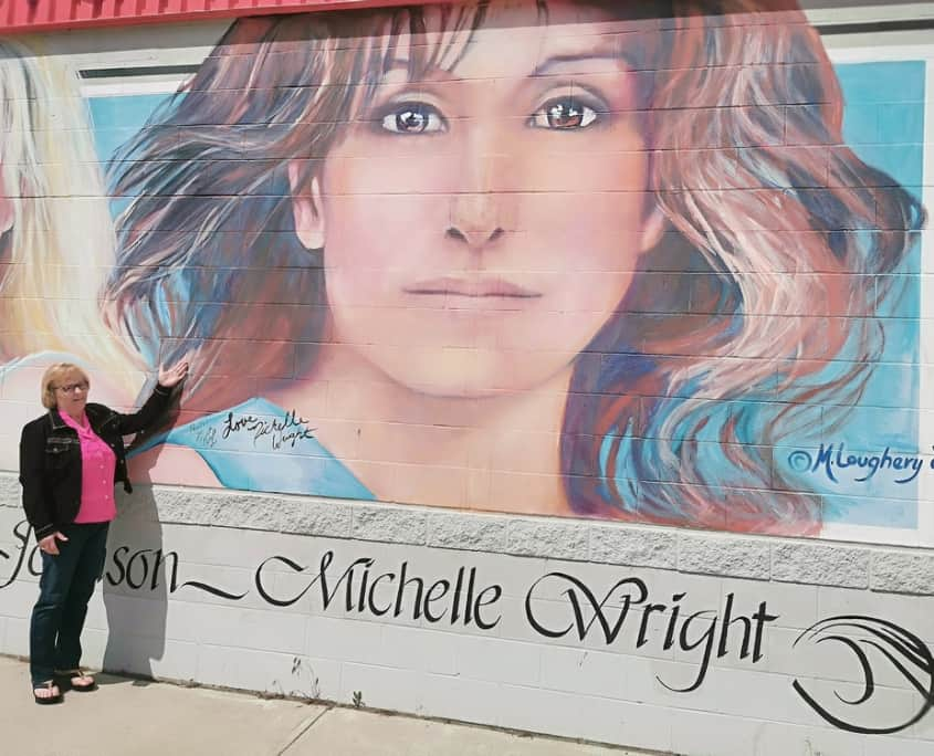 Nobody's Girl - Michelle Wright Country Music Artist