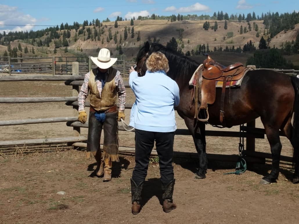 Horseback riding with Experience Nicola Valley